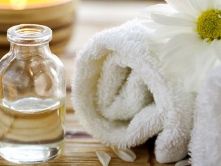 Oil relaxation treatment for AED 199