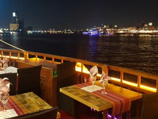 Dubai Creek Cruise at Oasis Palm Floating restaurant