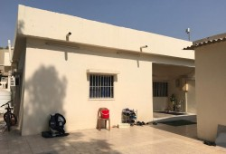 Bed Space For Executive Ladies from Kerala in a Villa  AED800/-Including Food