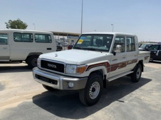 Toyota Land Cruiser Pickup LX (Export Only)