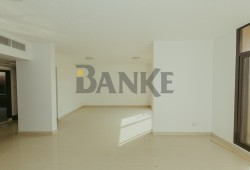 Fully renovated 3-be...