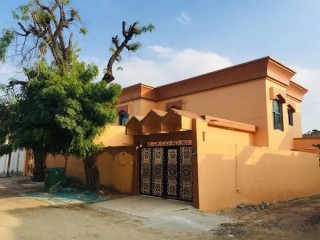 Villa for rent 8 rooms and a board and two galleries at an attractive price