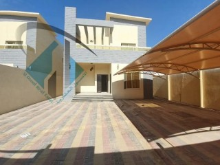 Brand New Villa modern design 1 min from mohamed bn zayed road Freehold For All Nationalities
