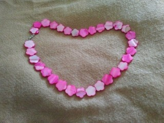 Brand New Mother of Pearl Pink Van Cleef Clover Design Necklace