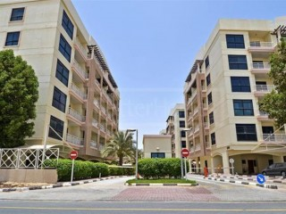 Excellent bed space for Keralite / Indian in Dubai Investment park 2, All Inclusive