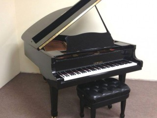 Grand piano for sale, yamaha, in very good condition