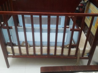 Baby Cot with free crib n matteress