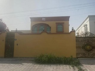 Spacious 5 Bedroom Hall Villa for Rent