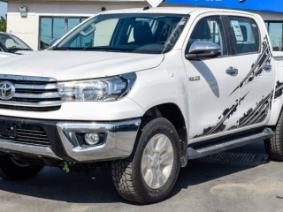 Toyota Hilux 2.7L SR5 (Export Only)