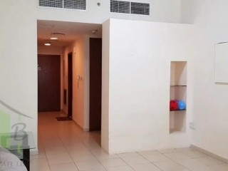 Apartment for Rent - Studio with Parking in Ajman One Tower, Al Sawan