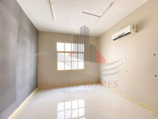 Three Bedroom Apartment available for Rent in Al Khabisi, Al Ain