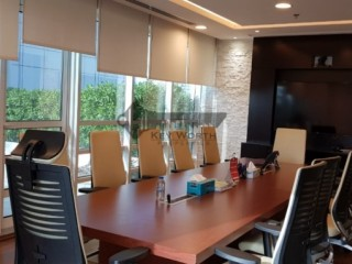 Luxurious Standard Fitted Office ready to move in opposite to Deira City Center for Rent in Dubai