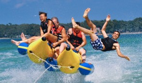 Are You Searching for Luxury banana Tube Boat Ride in Abu Dhabi?