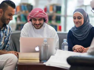 How to Choose Best Guidance for Economics Courses in UAE?