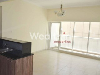 Studio Apartment for Rent in Burj Al Nujoom - Downtown Dubai