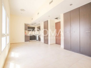 Studio Apartment available for Rent in Remraam - Dubai
