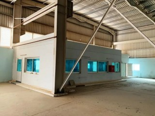 Warehouse for Rent in Emirates Modern Industrial Area, Umm Al Quwain