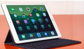 Why You Need to Hire iPads in Dubai for Meetings