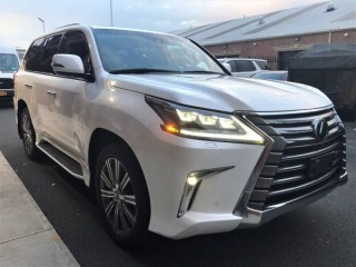 2017 Lexus LX 570 FULL OPTION