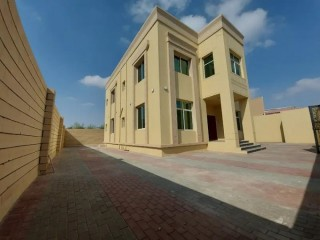 Spacious Independent Four Bedroom Duplex Villa for Rent in Hili Naifa, Al Ain