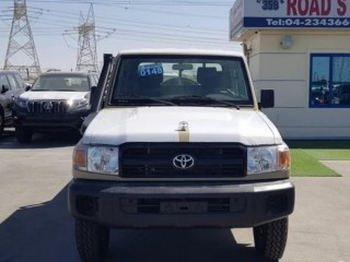 Toyota Land Cruiser Pickup