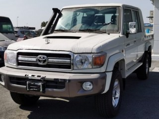 Toyota Land Cruiser Pickup Double Cabin (Export Only)