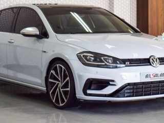 Volkswagen Golf R 4MOTION