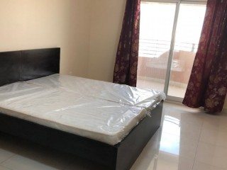 INDIAN FAMILY  ROOM AVAILABLE @ BUR DUBAI - DIRECT DEAL - NO COMMISSION