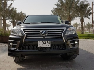 2014 Lexus LX 5.7L V8 Sport Full Option