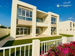 Six Bedroom Villa for Sale in Bermuda, Ras Al Khaimah, Mina Al Arab